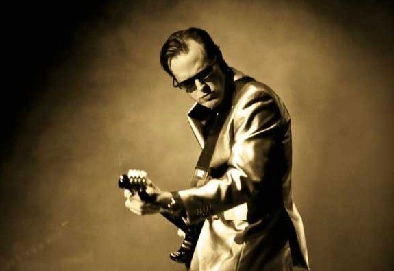 joe-bonamassa-announces-march-2012-uk-arena-tour1